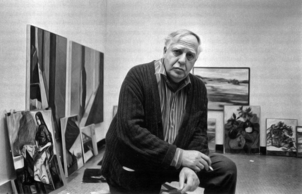 figure 26 Philip Guston in the Boston University Art Gallery, 1975. Courtesy Boston University Art Gallery